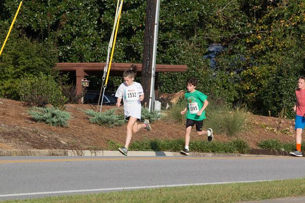 1 Mile Fun Run Halfway
