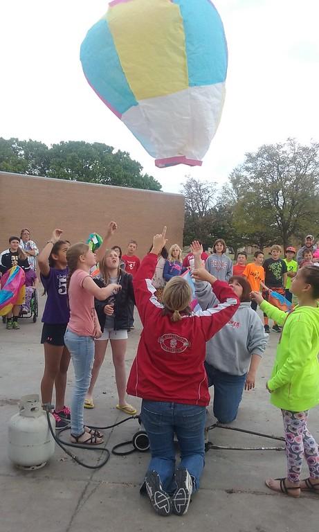 Eisenhower Balloon Launch 041316