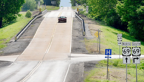 KEVIN HARVISON   Staff photo<br /> The bridge over U.S. Highway 69 on State Highway 113 is now open.
