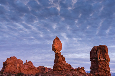 BALANCED ROCK, ARCHES NATL PARK AT NIGHT