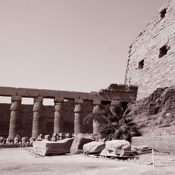 The court prior to the hypostyle hall.<br /> <br /> More photos of Al_Karnak may be seen at