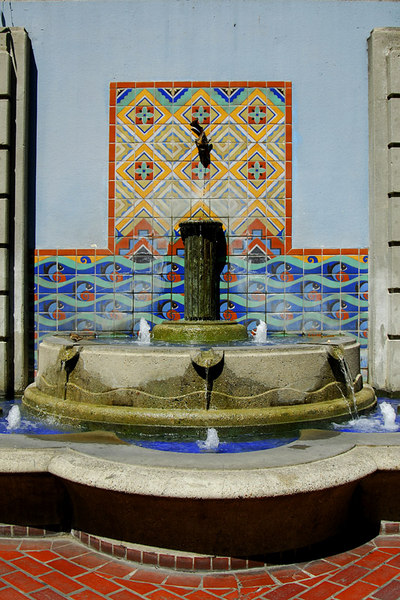A closer view of the fountain. the design of which is a cross between Spanish and Moorish lines.