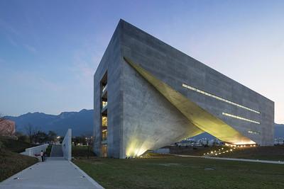 UDEM Universidad De Monterrey - Jonnu Singleton-9387.jpg