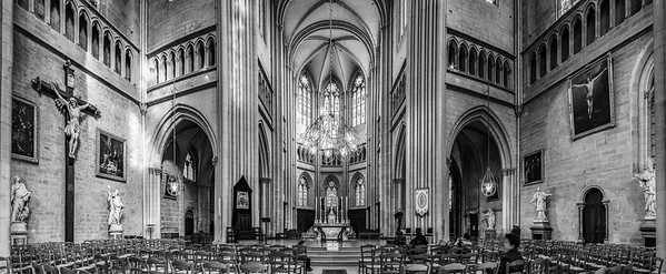 Cathedral of Saint Benignus of Dijon majestic interior view, France
