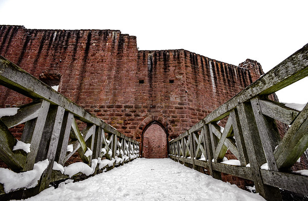Beautiful medieval bridge to the gates of castle Wangenbourg