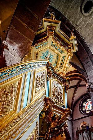 Majestic gothic church Sainte-Foy in Selestat interior