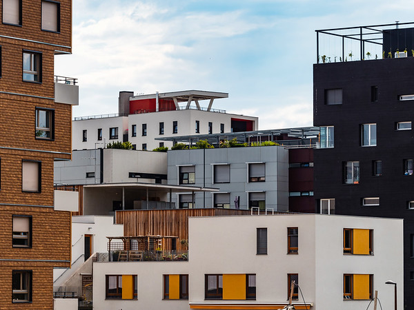 New modern apartment buildings in Strasbourg, comfort and beautiful