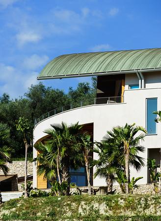 Modern villa on the hill in Nice