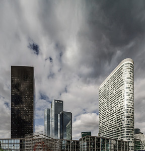 Editorial,14th May 2016:  Paris, France. Defense skyscrappers view, sunny day, glass and steel