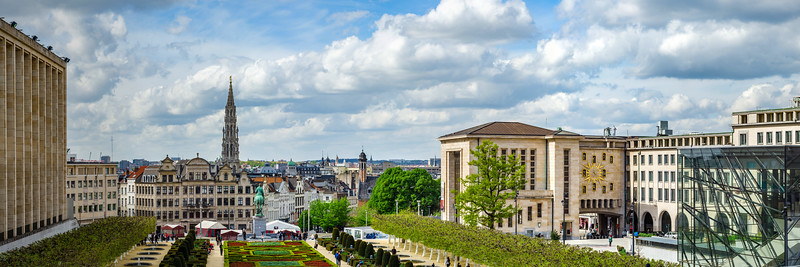 Editorial: 16th April 2017: Brussels, Belgium. High resolution panoramic street view. Famous Kunstberg or Mount of the Arts gardens.