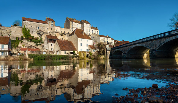 Panoramic view of Pesmes village in Burgundy, winter