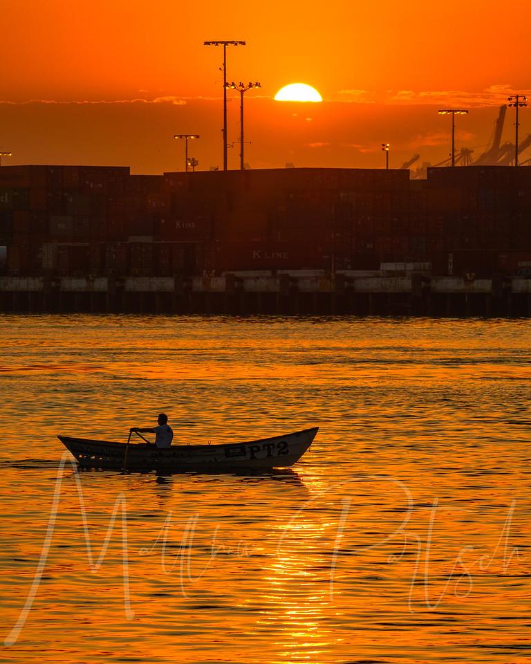Early morning exercise<br /> <br /> <br /> #water_captures<br /> #losangelesgrammers<br /> #southbayphotos<br /> #southbaysailing<br /> #visitcalifornia<br /> #discoverla<br /> #ig_today<br /> #ig_brilliant<br /> #nikond500<br /> #tv_aqua<br /> #rowing<br /> #abc7eyewitness
