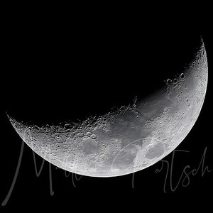 Waxing Crescent Illumination: 26% Thanks to @rami_ammoun I was able to output a much higher quality image using raw.  went from 620 kb to 23MB file with no grain.  You can't see it on Instagram, but it is better.