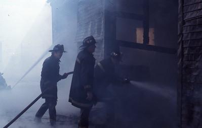 9/11/1977 - SOMERVILLE, MASS - WORKING FIRE OPPOSITE 33 EARLE ST