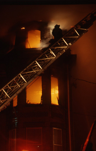 12/9/1978 - SOMERVILLE, MASS - 3RD ALARM 82 MT VERNON ST