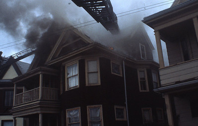 9/15/1980 - SOMERVILLE, MASS - 2ND ALARM 271 MEDFORD ST