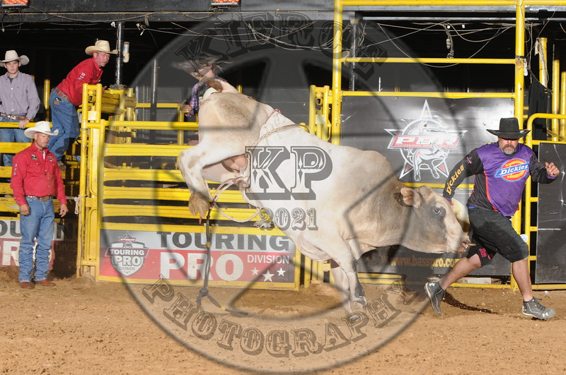 BULL FIGHTER- COWBOYS - 7-26-2014-  (36)