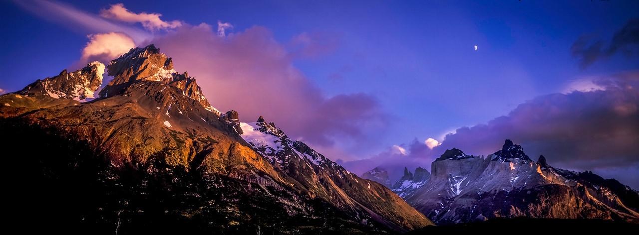 Patagonia Moonset