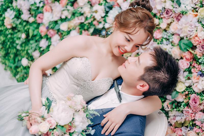ARIESY婚紗禮服,大嘴攝影包套,新莊愛瑞思新娘秘書團隊造型,新莊禮服婚紗出租,網美婚紗攝影花牆