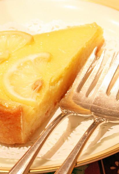 Lemon Chess Tart from Sweet Things bakery in Tiburon, CA on October 28,2010.(Jocelyn Knight Photo)