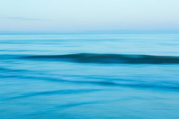 PACIFIC OCEAN IN MOTION 7