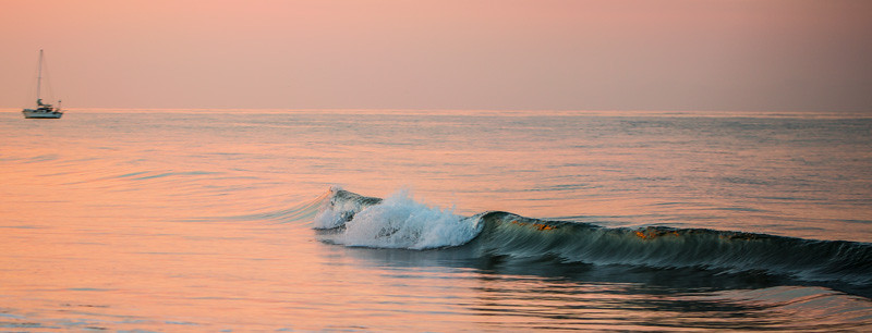 PACIFIC OCEAN IN MOTION 17