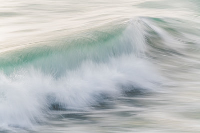 OCEAN IN MOTION    12