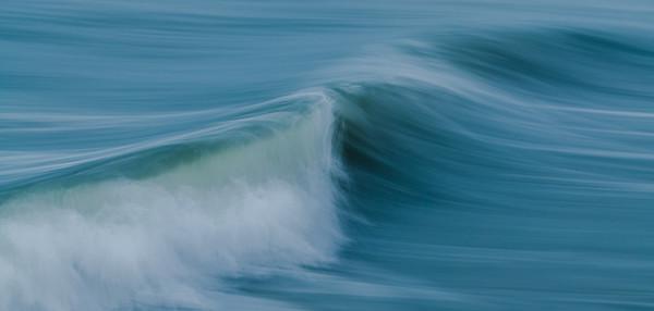 OCEAN IN MOTION    18