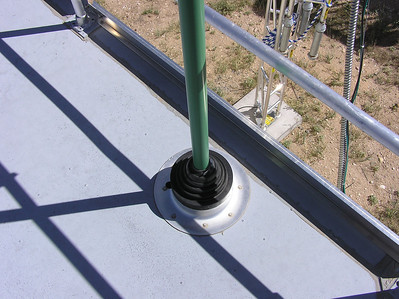 Roof penetration for sample inlet