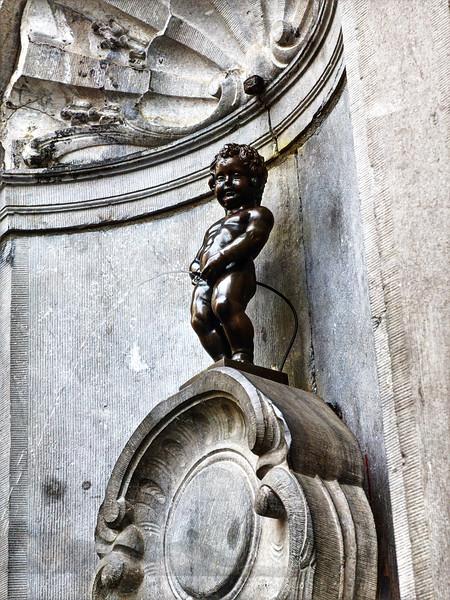 Manneken Pis Statue - Brussels