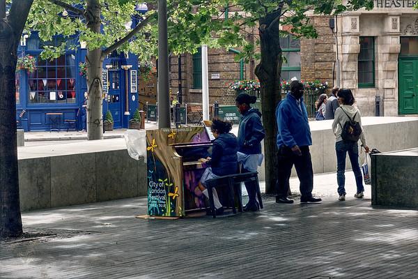 Shipwright's Yard - Street Piano