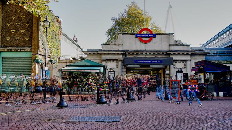 Embankment Tube Station - Doodle - v2