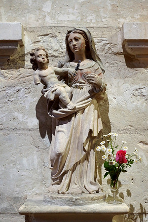 Statue of Virgin Mary in Saint-Jacques Church