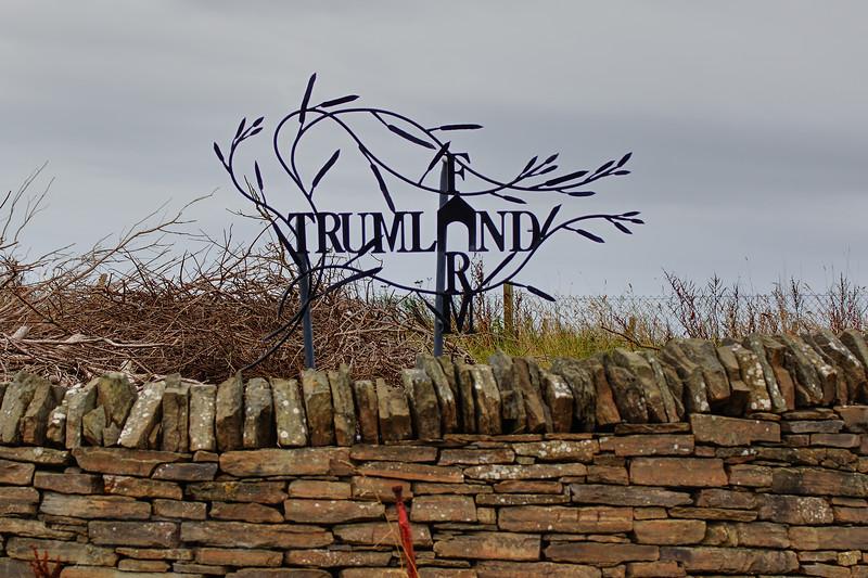 Trumland Farm - Brinian - Farm Sign