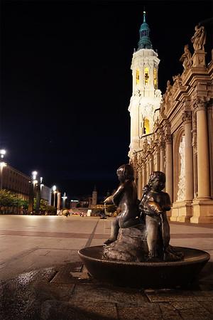 Cherubs & Fish Fountain in Zaragoza