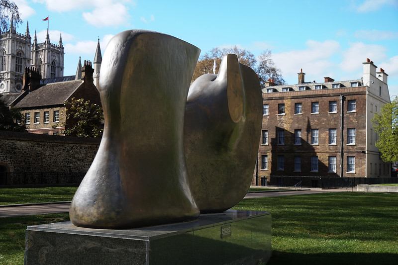 """""""Knife Edge"""" by Henry Moore"""
