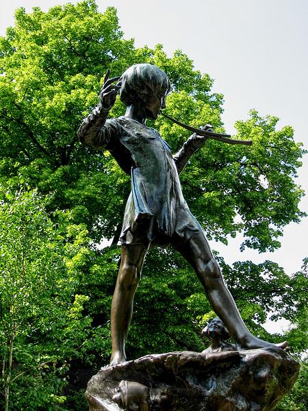 Peter Pan Sculpture - Kensington Gardens