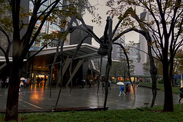 Giant Spider in Tokyo