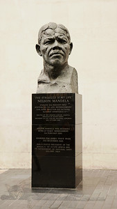 Bust of Nelson Mandela by the Southbank