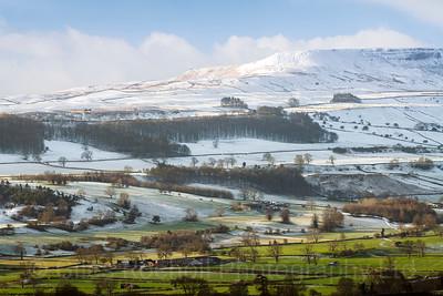 Penhill from The Shawl, Leyburn, North Yorkshire, United Kingdom. 17.01.2018.