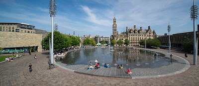 Bradford; City Centte; Yorkshire; West Yorkshire; Buildings; City Centre, The Mirror Pool, Bradford Town Hall,
