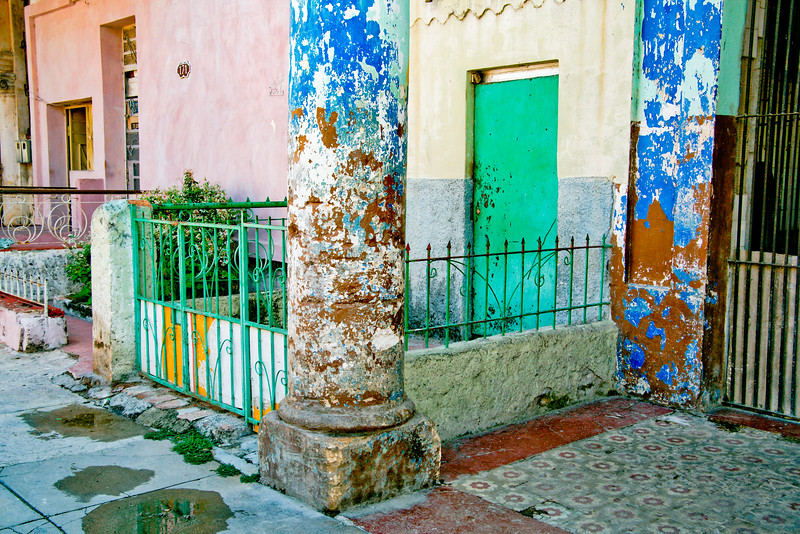 Colored Cuban Column