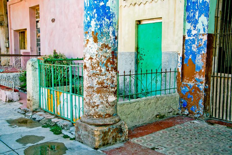 Colored Cuban Column