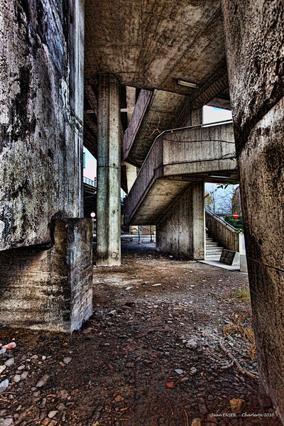 Urban oppression
