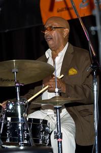 Archie Alleyne 2007  www.kollage.ca/alleyne.asp