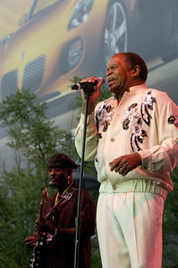 Otis Clay 2007  www.otisclay.net