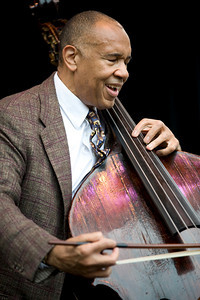 John Clayton 2009  www.johnclaytonjazz.com