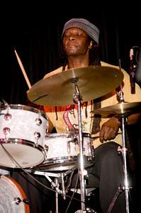 Hamid Drake 2008  www.drummerworld.com/drummers/Hamid_Drake.html