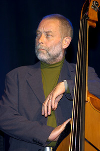 Dave Holland , October  2006  www.daveholland.com www.myspace.com/daveholland