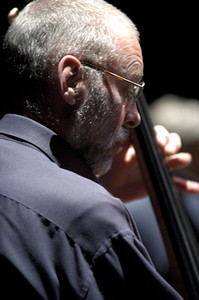 Dave Holland , May 2006  www.daveholland.com www.myspace.com/daveholland